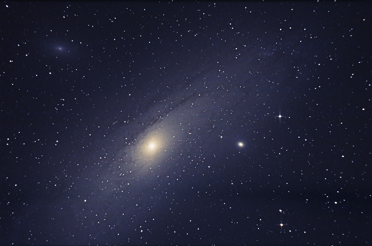 <A href=&#34http://en.wikipedia.org/wiki/Andromeda_Galaxy&#34>M31 aka Andromeda</A>(left center), <A HREF=&#34http://en.wikipedia.org/wiki/Messier_32&#34>M32</A>(right center), and <A href=&#34http://en.wikipedia.org/wiki/Messier_110&#34>M110</A>(top left)